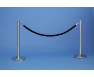 2xAbsperrpfosten mit samtummanteltem Seil, Farbe wählbar